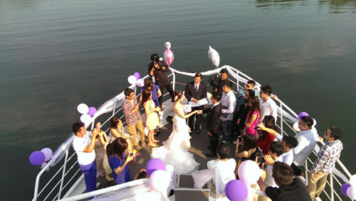 Romantic Wedding Cruise And Reception Venue Toronto Harbour Boat